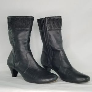 GENTLE SOULS by KENNETH COLE Black Leather Boots